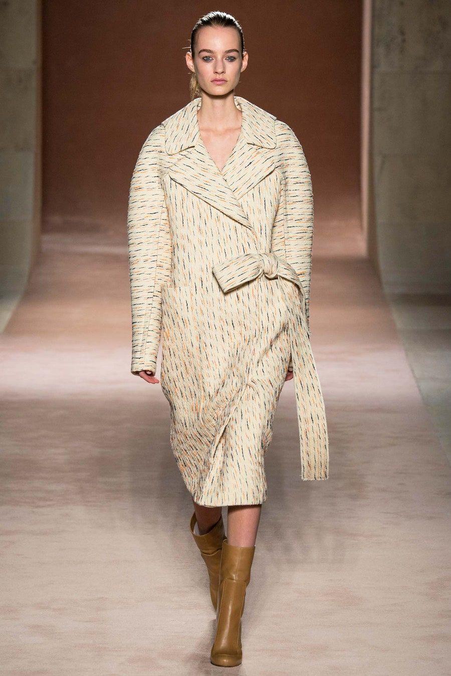 Victoria Beckham Fall 2015 ReadytoWear Fashion Show in