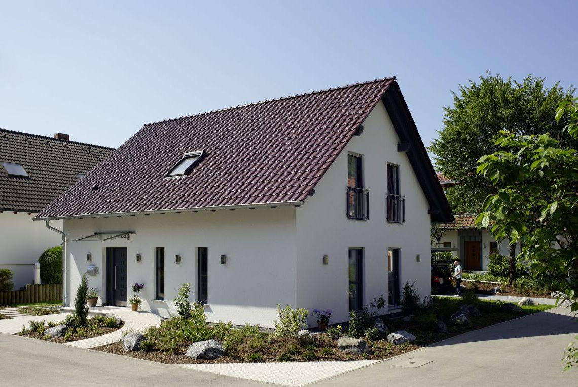Musterhaus einfamilienhaus  Pin von Andi auf Außenansicht | Pinterest | Musterhaus, Ulm und ...