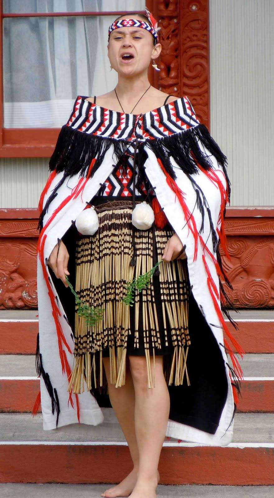 Ancient Maori Culture: ஐ Traditional Clothing ஐ