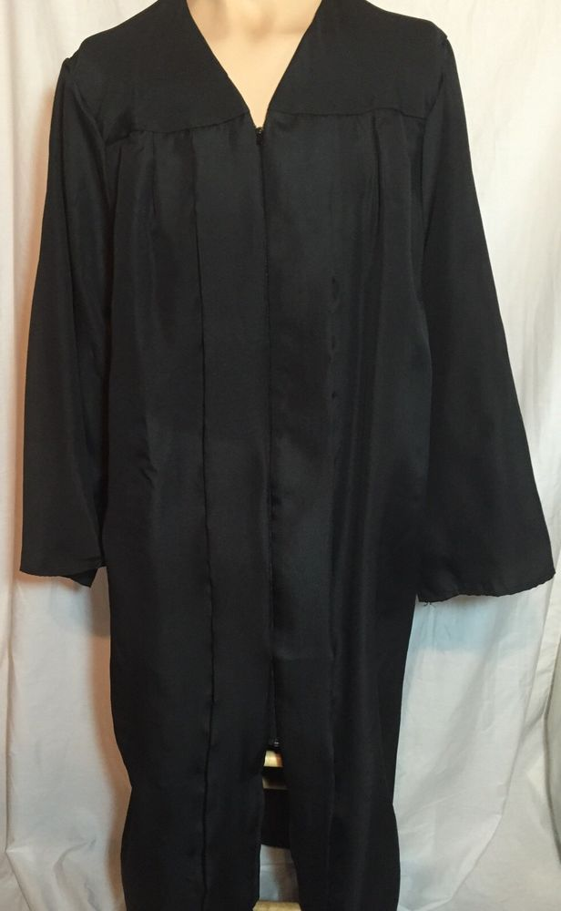 Jostens Black Graduation Gown Robe 5\'10\