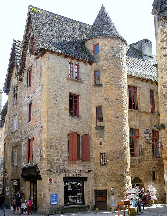 Hôtel de Royère-Roquefeuille - XVème