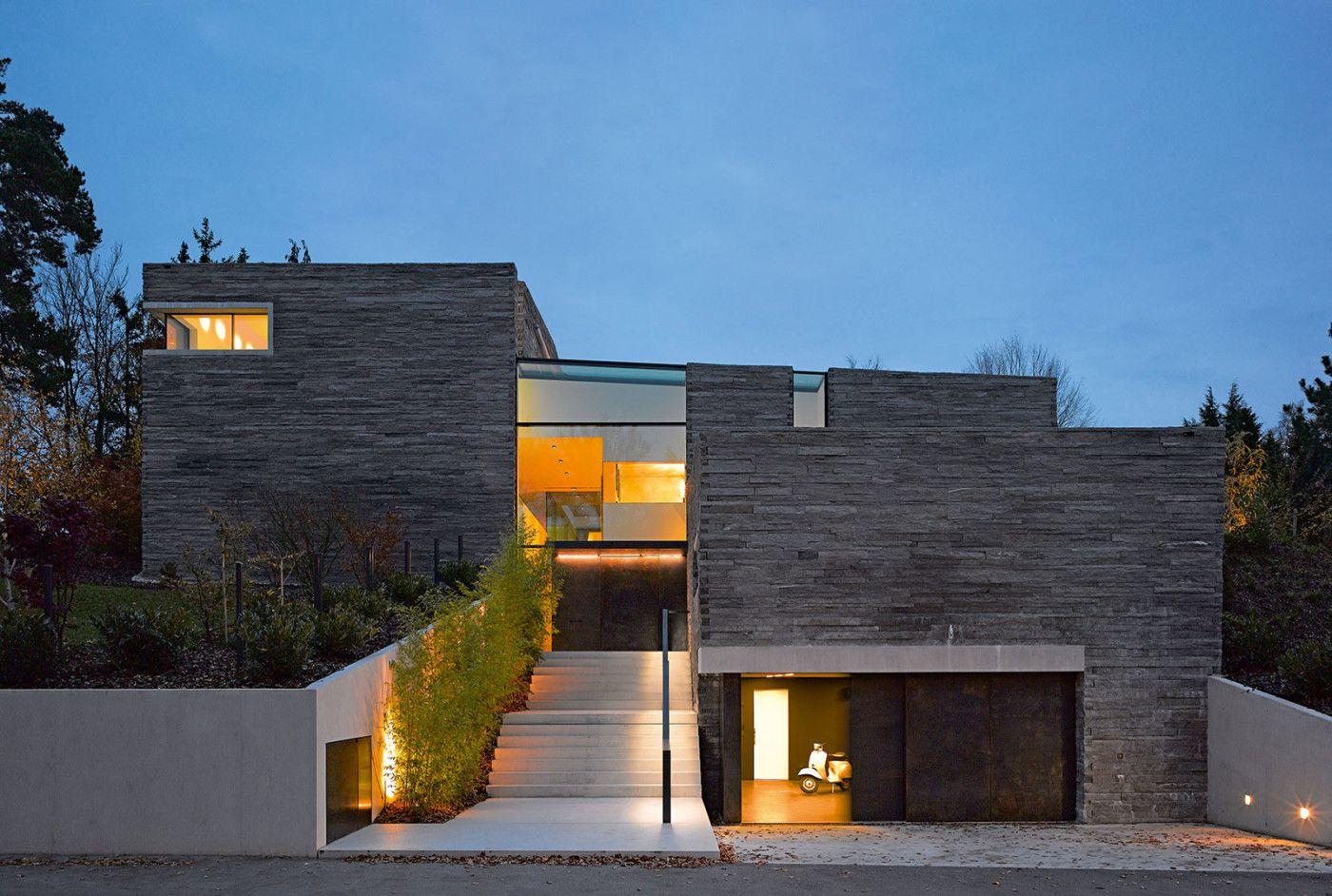 Haus aus Stein | Moderne häuser, Moderne einfamilienhäuser und Steine