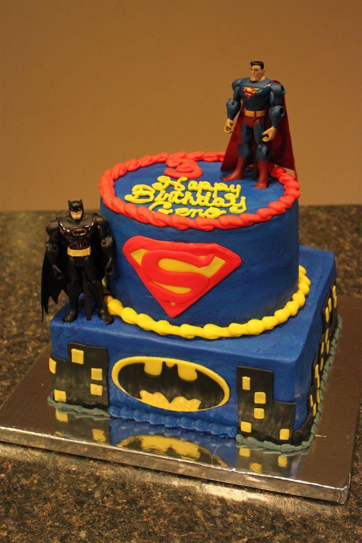 Superman Vs Batman Fondant Cake With Images Superman Birthday
