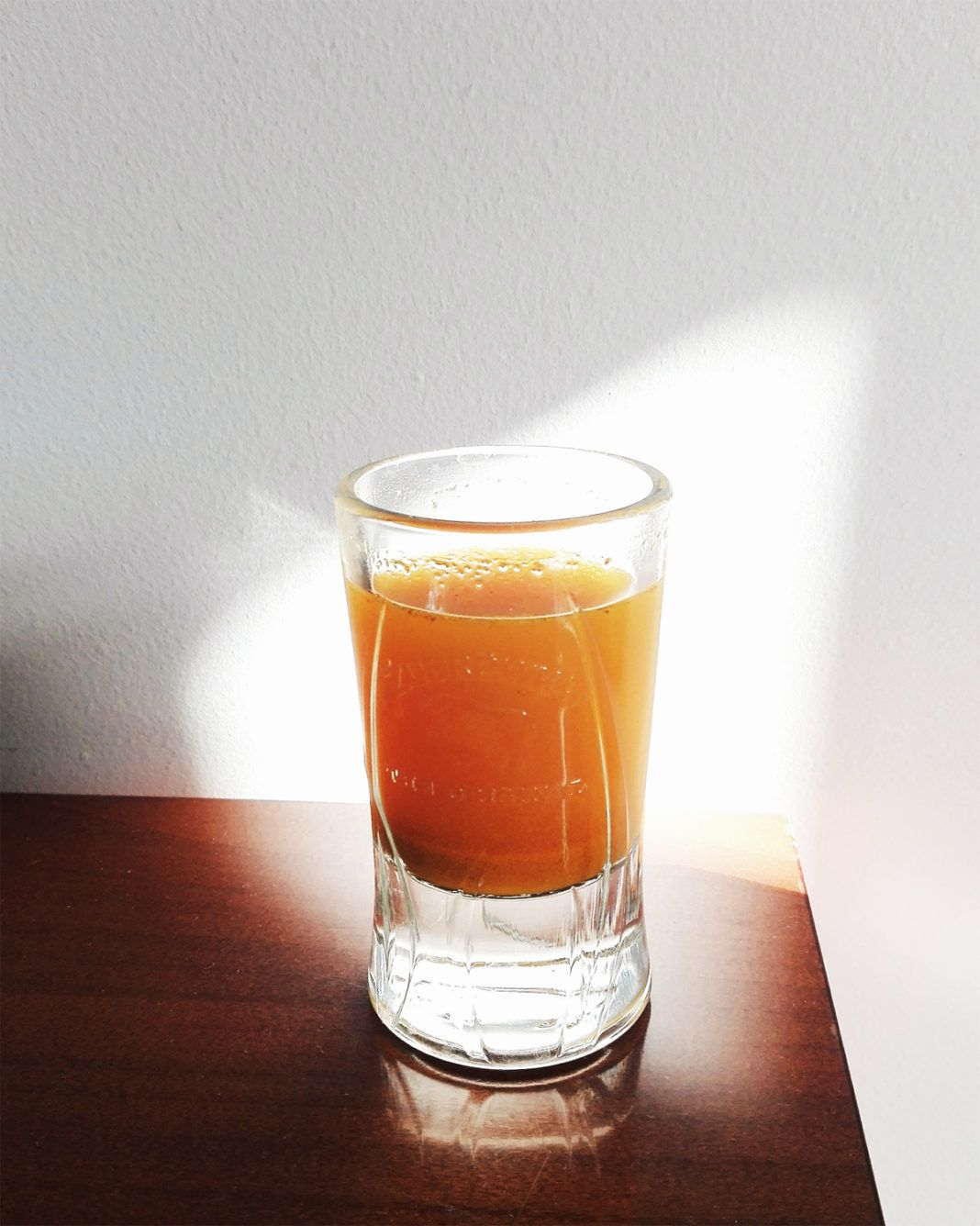 Przepisy na zdrowe napoje przyspieszające metabolizm