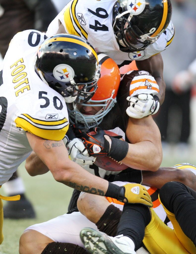 P M Cleveland Browns Links Steelers Fans Want Browns To Improve Too Dress For Success Steeler Nation Pittsburgh Steelers Football Helmets