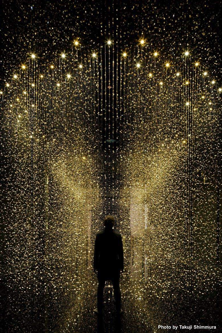 """The design of the """"installation art"""" was developed by Tsuyoshi Tane(DGT), a renowned Paris-based architect, together with CITIZEN's in-house design team. Celebrating the theme of """"LIGHT is TIME,"""" the installation is comprised of the main plates —..."""