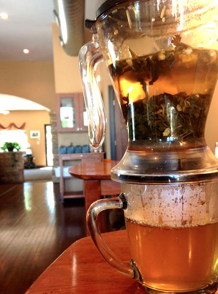 Green Teas, Lemon Peels, Lemon Grass, Bergamot Oil: Tiesta Tea Slenderizer, Lean Green Machine (Caffeine: Low) #TiestaTea #GreenTea