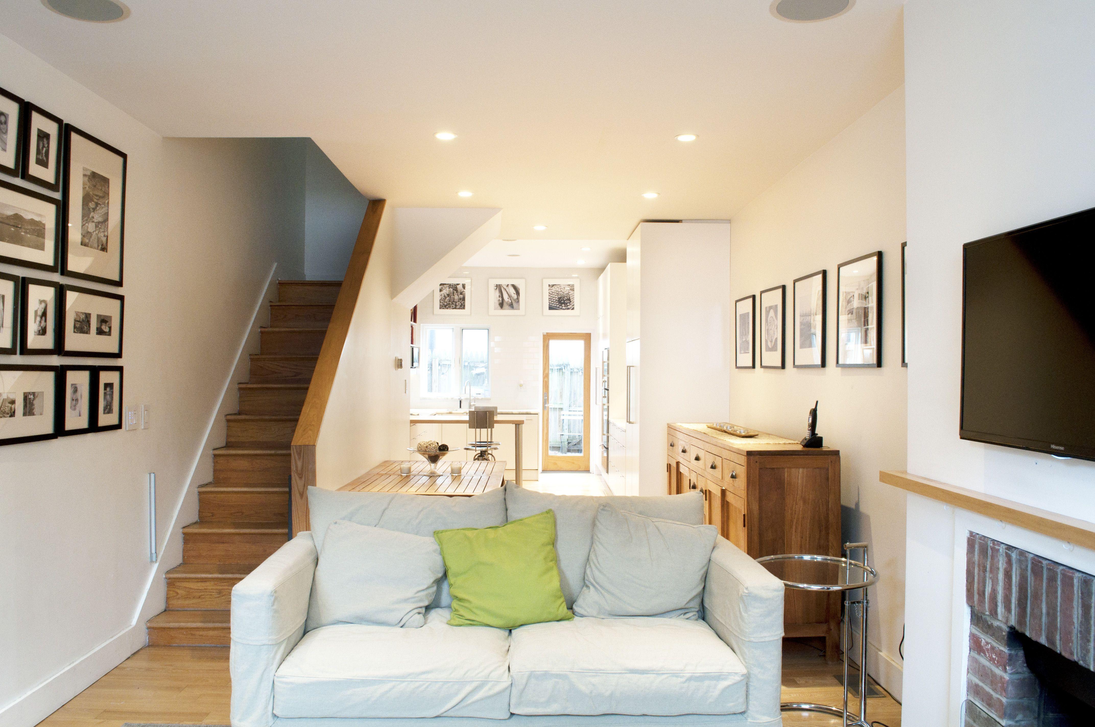 Tour A Renovated Fitler Square Rowhome Home Interior Design Home Inside Design Small House Interior Design