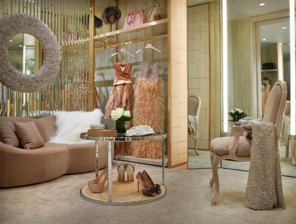 Designate a dressing room the personal shopping suites of bergdorf goodman nyc interior design for Personal shopper interior design