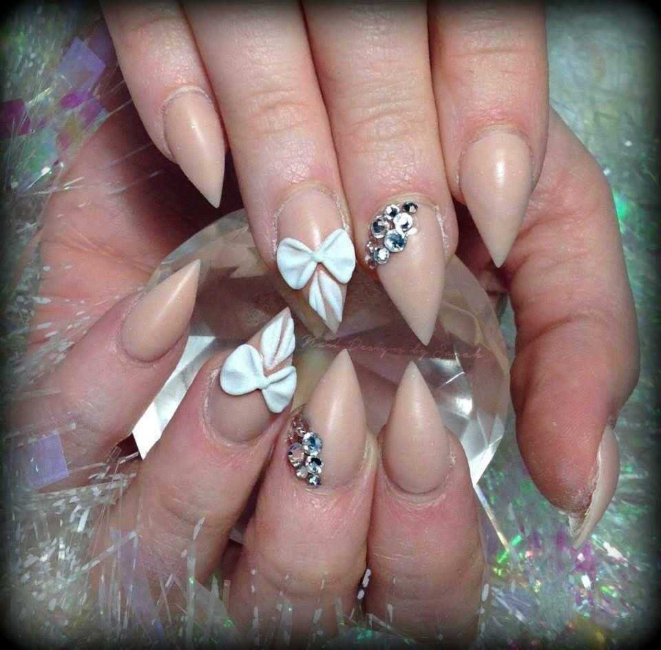 Tan and bows. Nail designs by sarah | limado | Pinterest | Bow nail ...