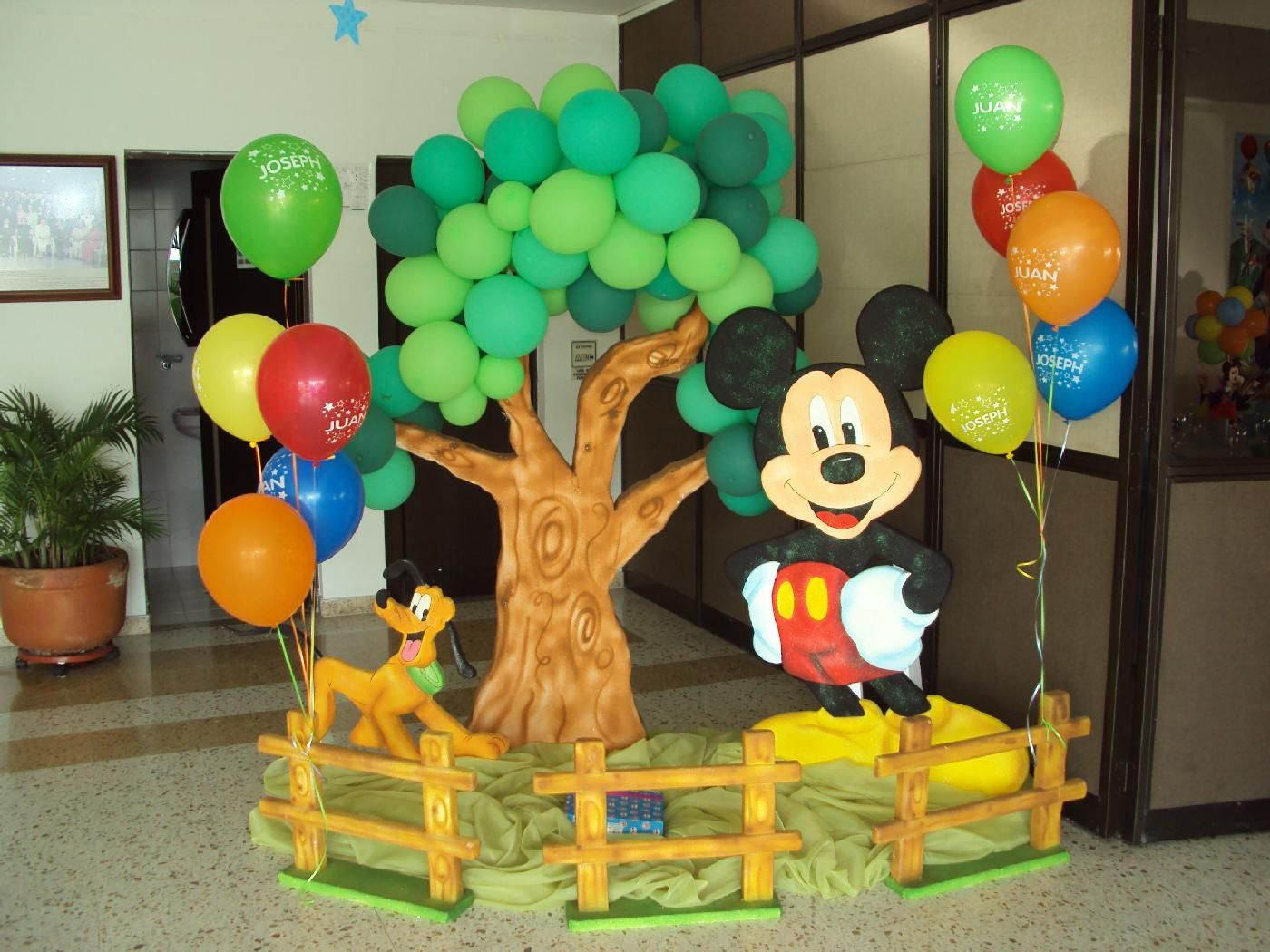 Fiestas infantiles buscar con google fiestas - Casa para fiesta ...