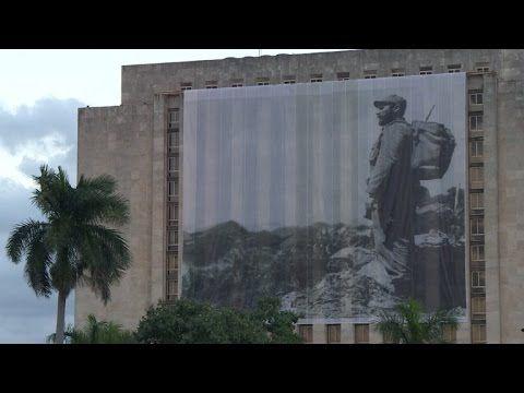 (49″) Cuba inicia homenaje masivo a Fidel Castro
