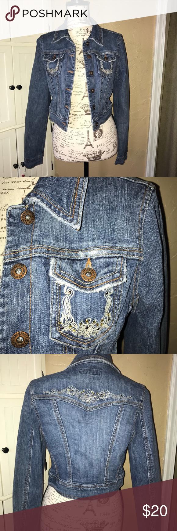 Paris Blues Jean Jacket Euc Jean Jacket I Have A Pair Of Jeans In My Closet That Match This Paris Blues Jackets Coat Fashion Blue Jean Jacket Clothes Design [ 1740 x 580 Pixel ]