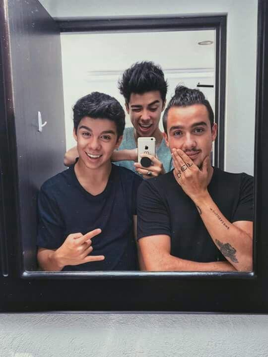Mi bb y mis cuñados
