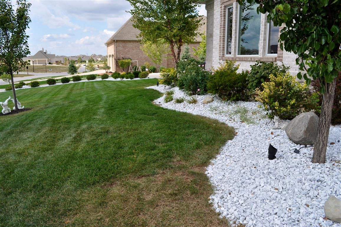 White Marble Indianapolis Decorative Rock Landscaping With