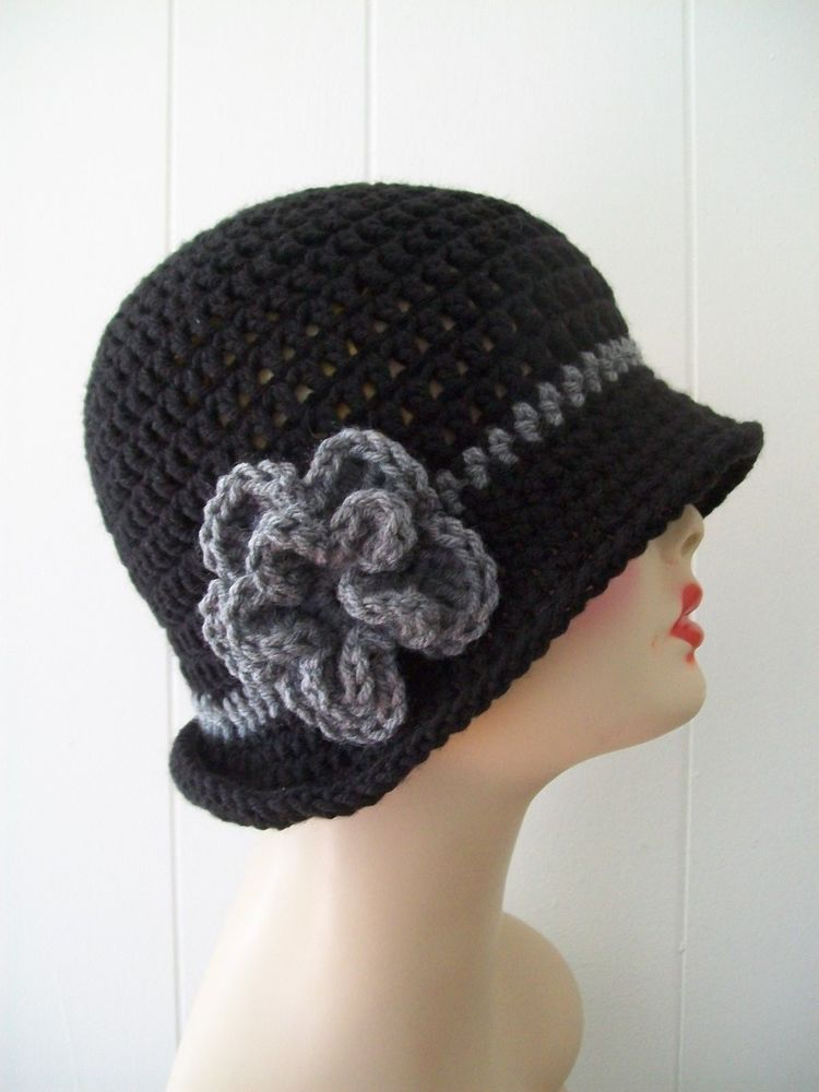 HANDMADE CROCHET CLOCHE  FLAPPER STYLE BEANIE HAT BLACK & GRAY  W/ FLOWER…