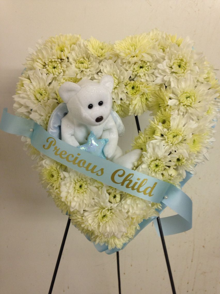 Childs Wreath Debs Flowers Baskets And Stuff Funeral Flower Arrangements Funeral Arrangements Memorial Flowers