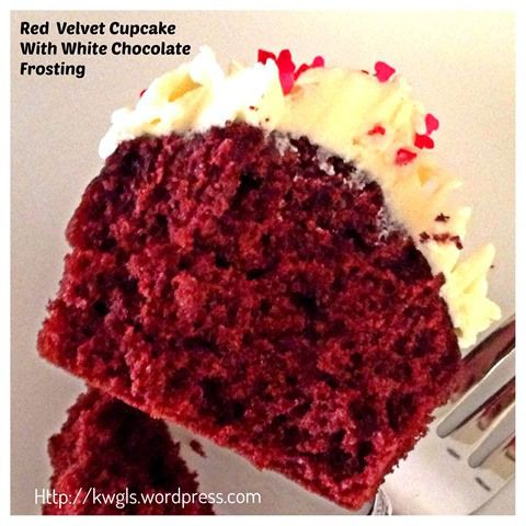 My First Attempt On Frosting My Cupcake Red Velvet Cupcake With White Chocolate Frosting Red Velvet Cake Recipe Red Velvet Cupcakes Red Velvet Cake Recipe Beetroot