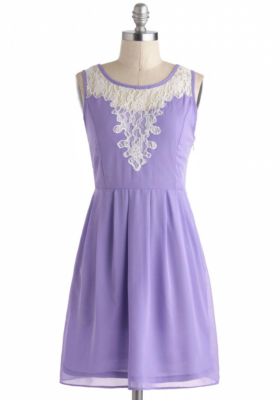 Chi Chi London Radiant Reunion Lace Dress | Bruja, Pintas y Blusas