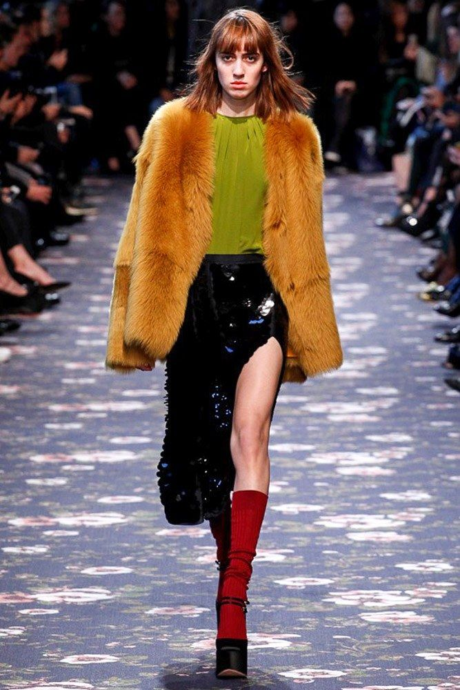 Rochas Fall 2016 Ready-to-Wear Fashion Show