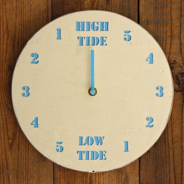 Driftwood Tide Clock Painted White and Light Blue £44.99