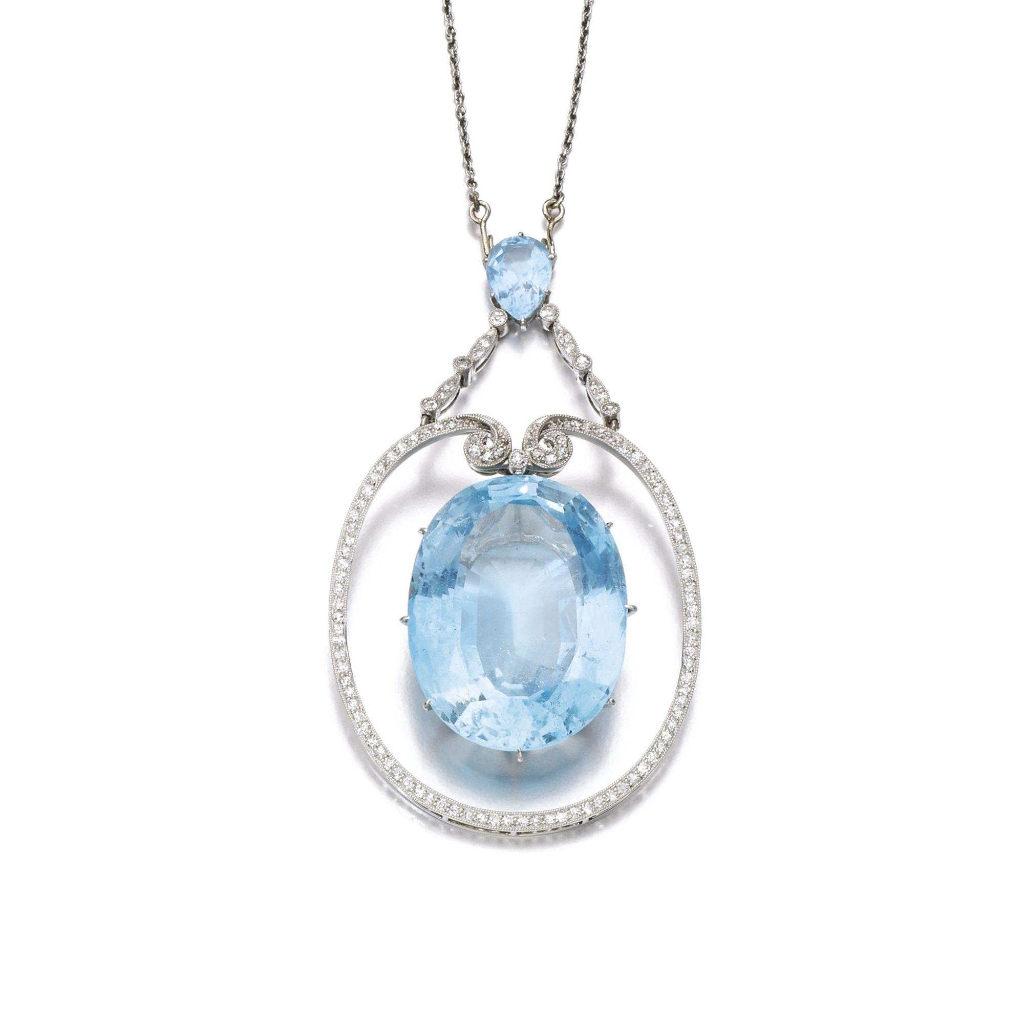 Aguamarina y diamantes colgantes, alrededor de 1910 La suspensión de ...