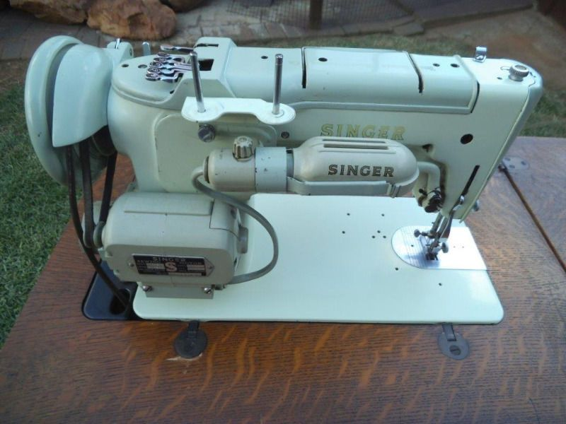 VINTAGE SINGER 40K SEWING MACHINE CIRCA 40's Springs Gumtree Fascinating Gumtree Industrial Sewing Machine For Sale