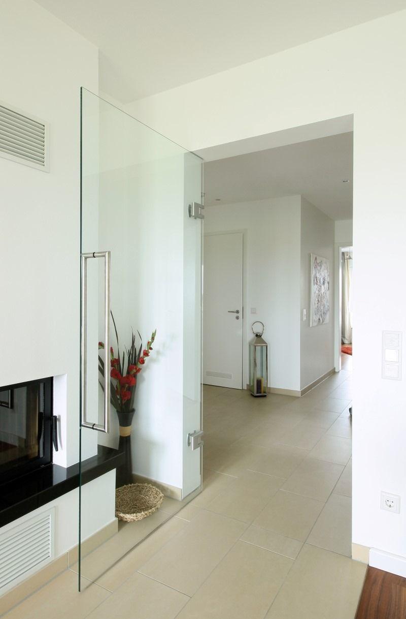 Pendel Glastüren, elegant schön mit Design. Tür aus Glas für