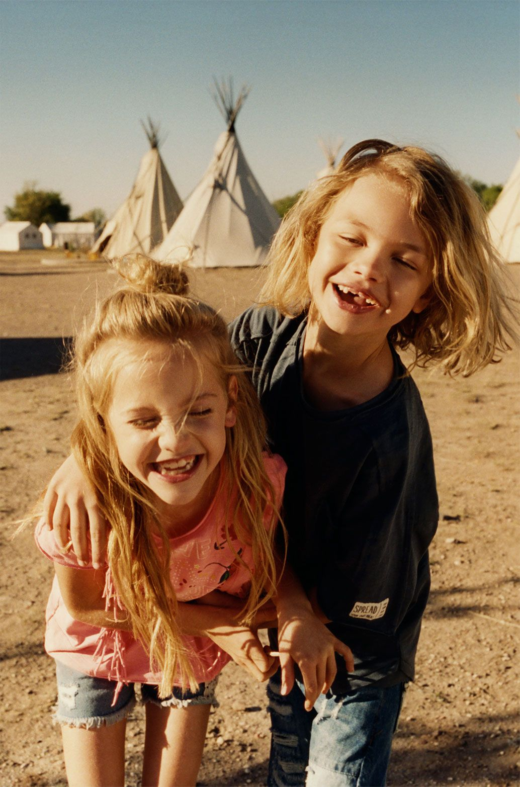 ZARA   zaraeditorial   KIDS   SUMMER CAMP   GIRL   Blonde kinder ...