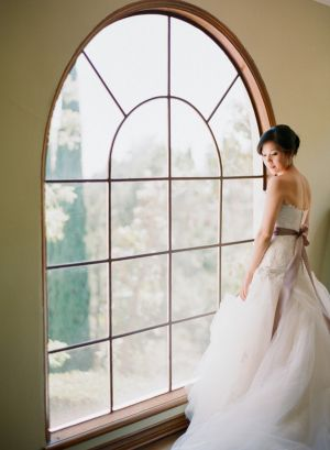 Elegant Bride   photography by http://www.ktmerry.com/