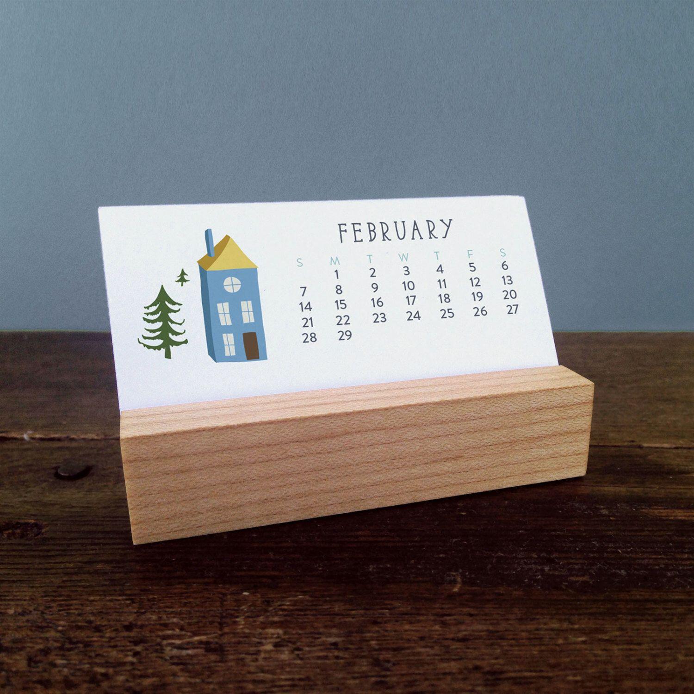 2018 Mini Desk Calendar with Wood Stand Monthly Calendar
