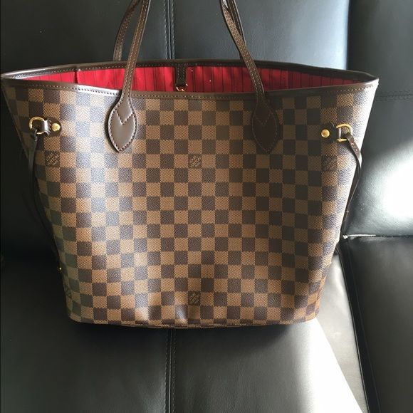9bd5581d8f36 Louis Vuitton neverfull mm damier ebene Barely used. Water stain inside  (see picture). Comes with dust bag. Was a gift from an ex and now trying to  get rid ...