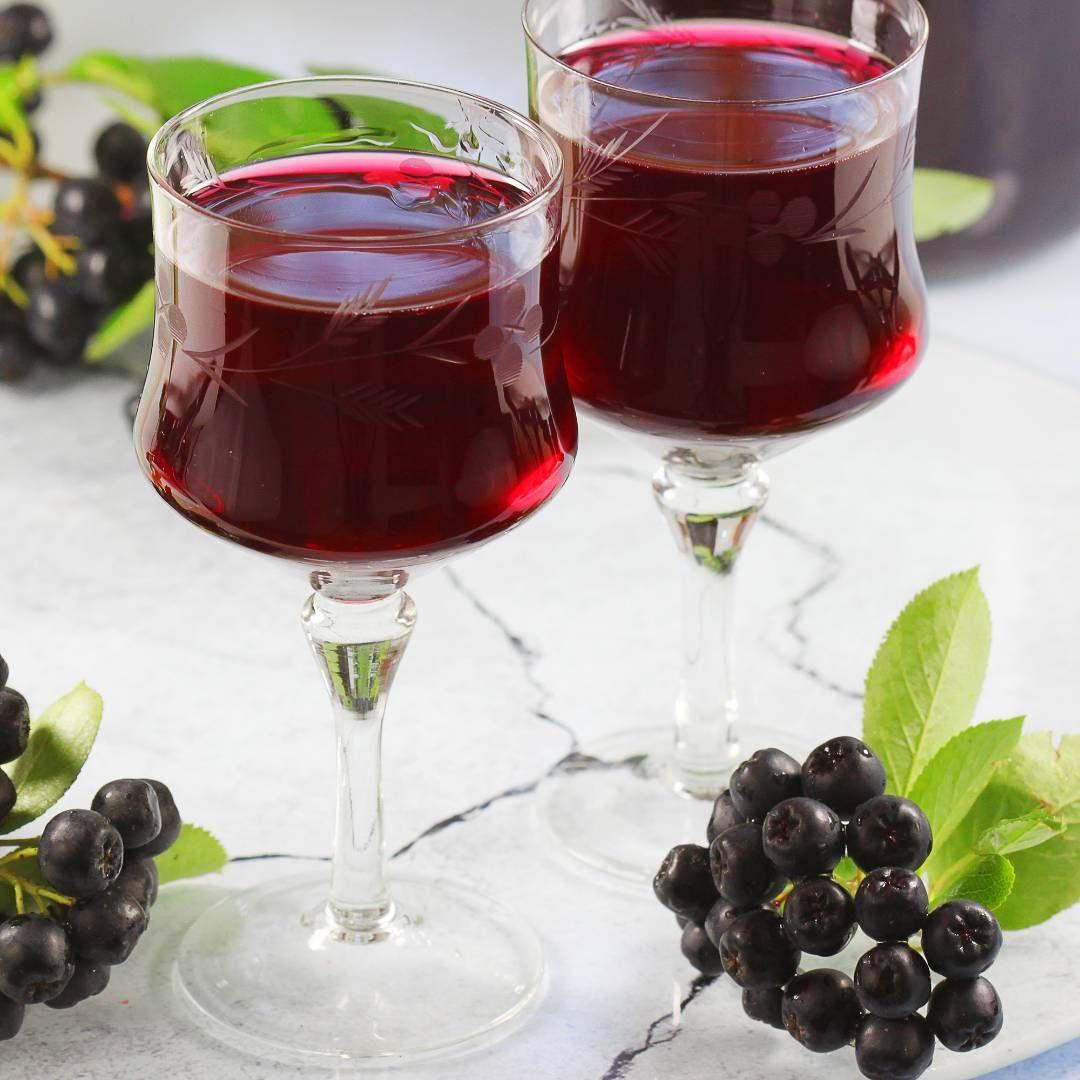 Nalewka Z Aronii Aniagotuje Pl In 2020 Przepisy Drinki