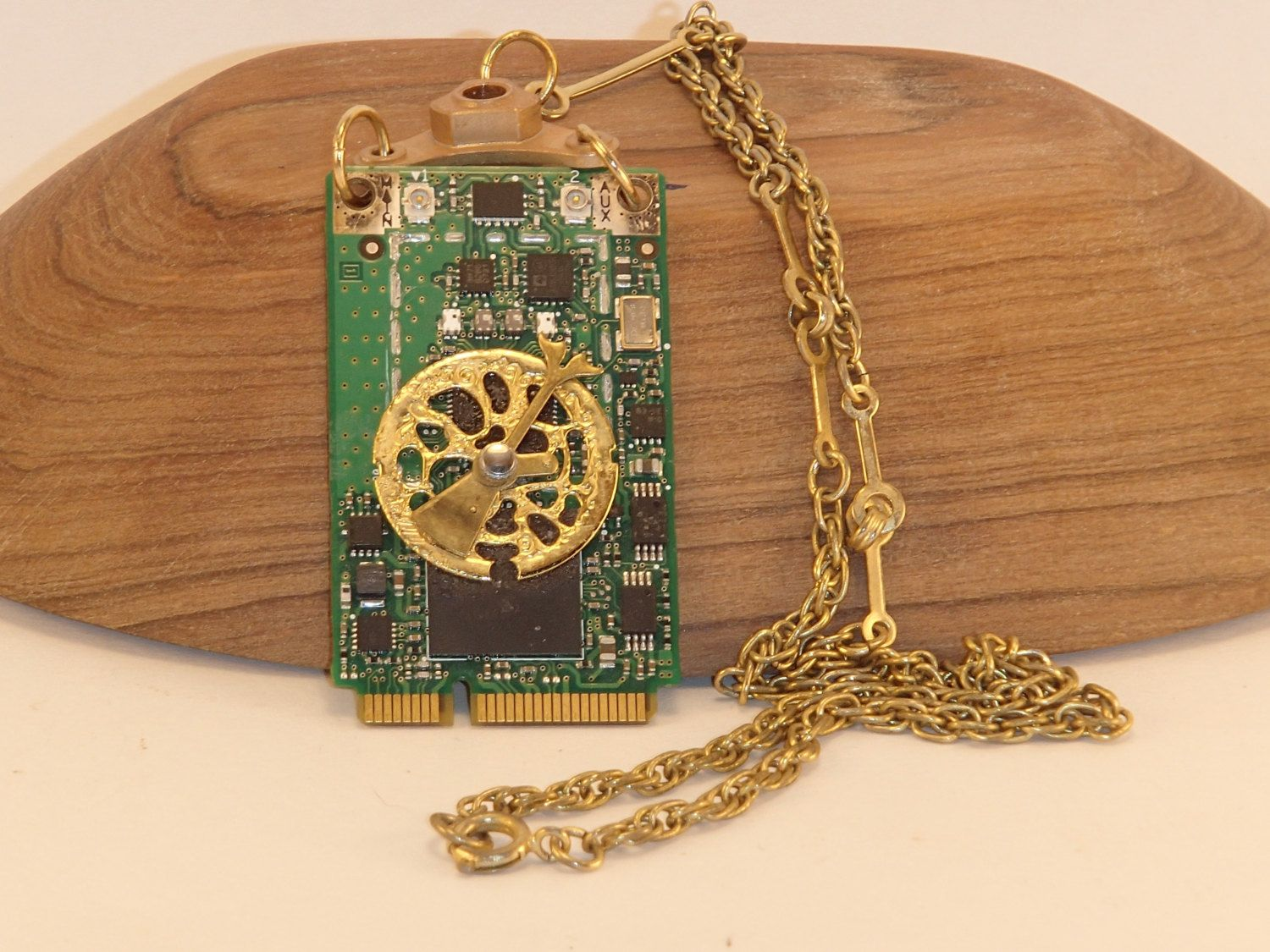 Steampunk Circuit Board Wall Clock From Computer Parts Geek Techi Pendant Necklace Free Ship In U 1500x1125