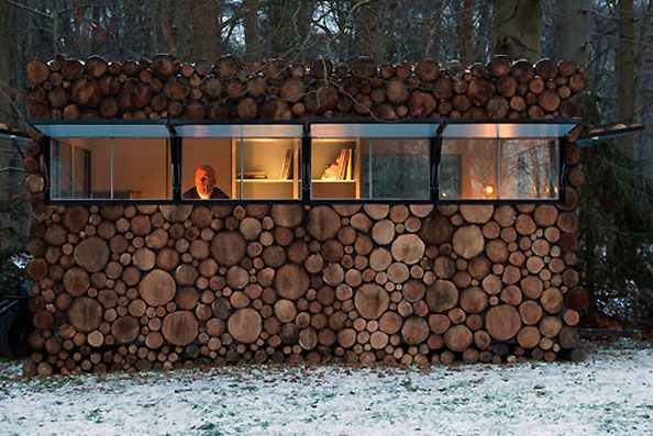 Hans Liberg has got himself one of the coolest recording studios on planet Earth!  Take a look at this woody gem of a cabin, located in the town of Hilversum, The Netherlands.