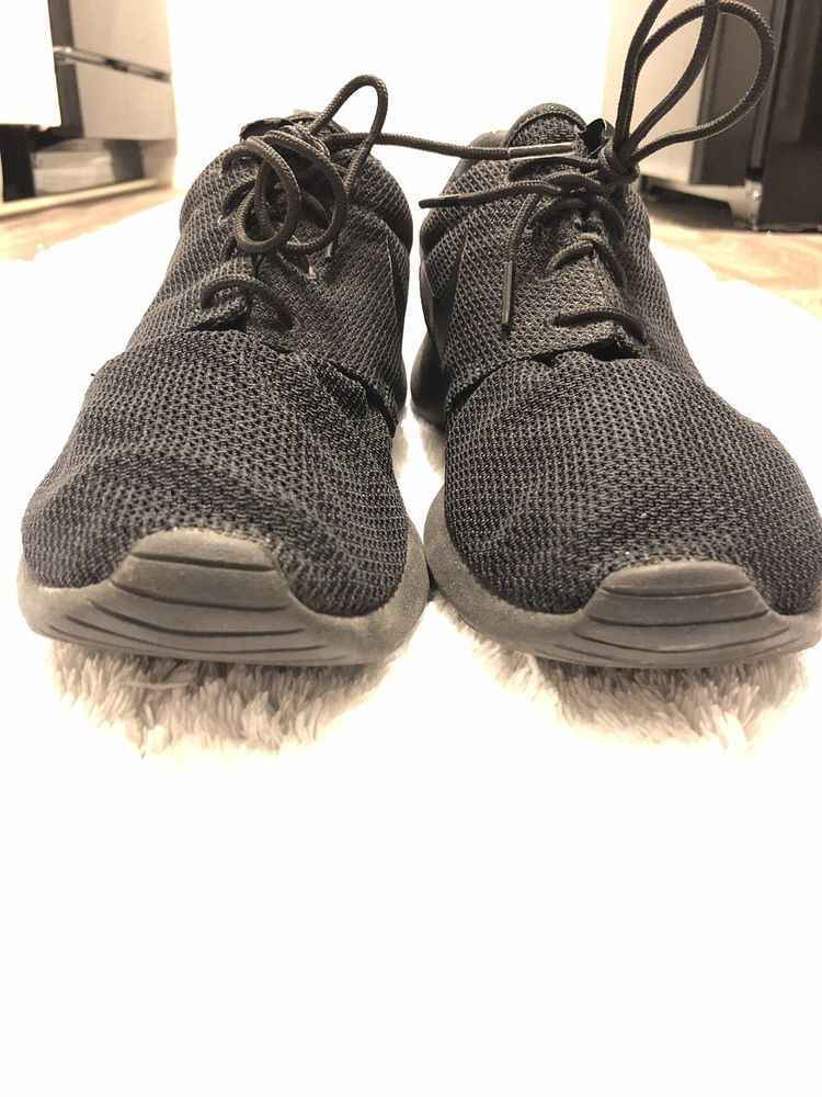 f8e76e53ed NIKE ROSHE RUN SIZE 10 ALL BLACK LIGHTLY WORN  fashion  clothing  shoes