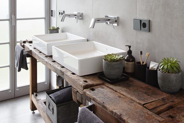 Wohnen im Trafohaus Badezimmer mit Werkbank Interiors, Kitchens