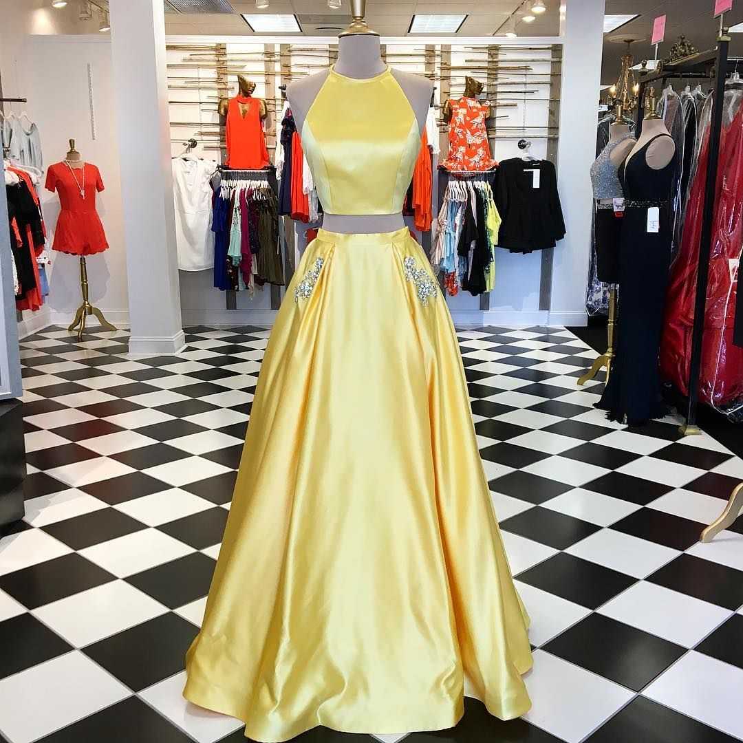 Elegant two piece yellow long prom dress with pockets long prom