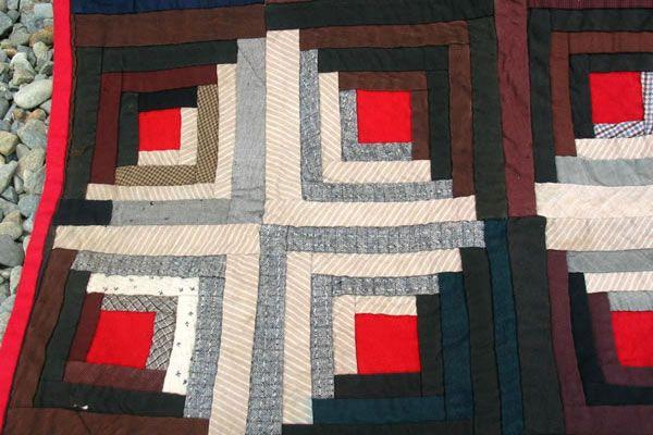 Log Cabin Quilt | Collector Quilts | Log Cabin Quilt from Jen Jones Welsh Quilts & Blankets