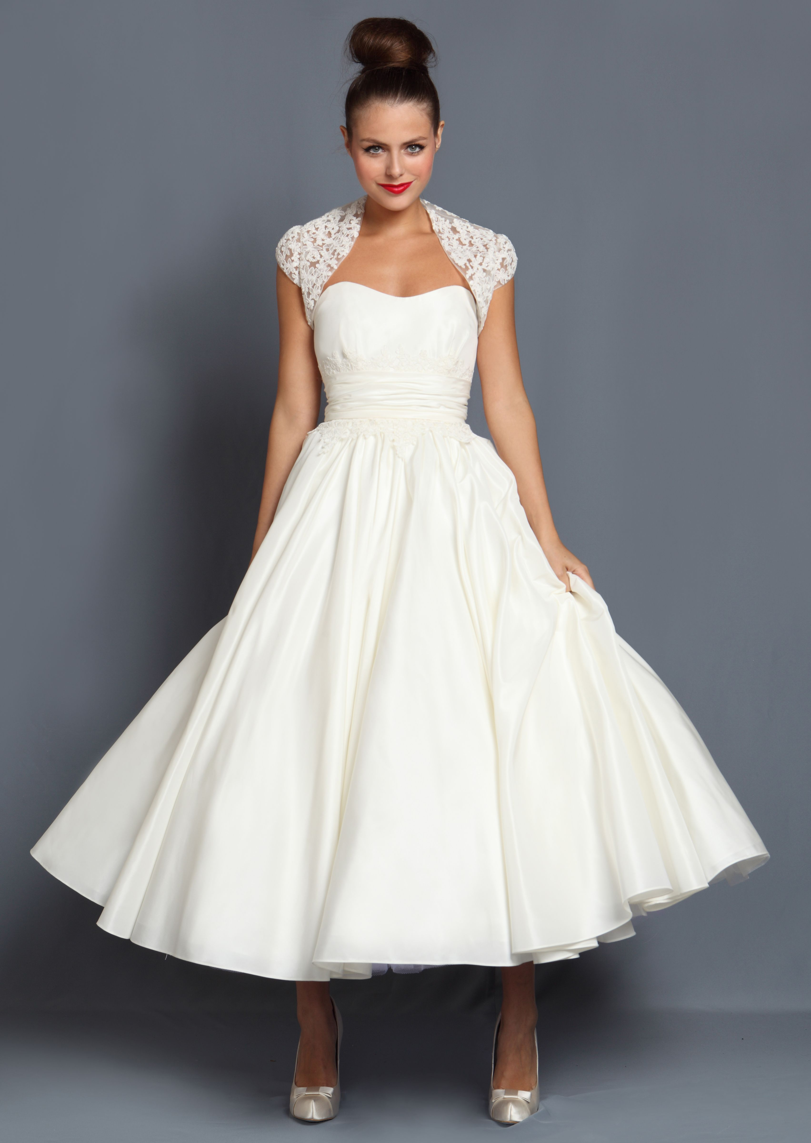 50s style wedding dress-i would love this especially for my ...