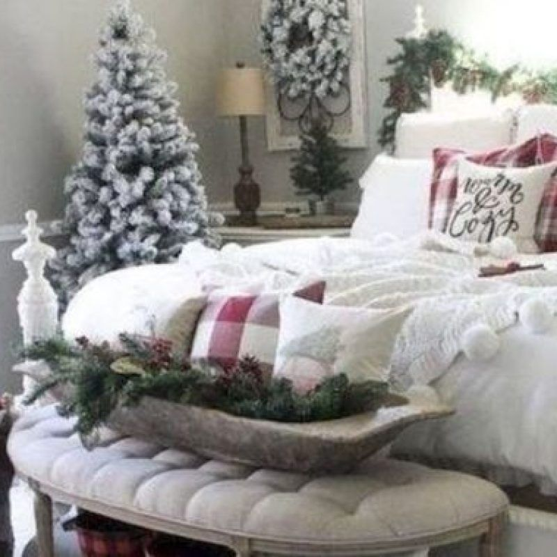 56 The Best Christmas Nuance Bedroom Design Ideas That You Can Try Now Christmas Decorations Bedroom Bedroom Decor Christmas Bedroom