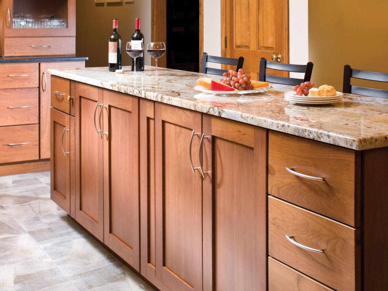 Kitchen Cabinet Styles and Trends | Layout, Material und Designs