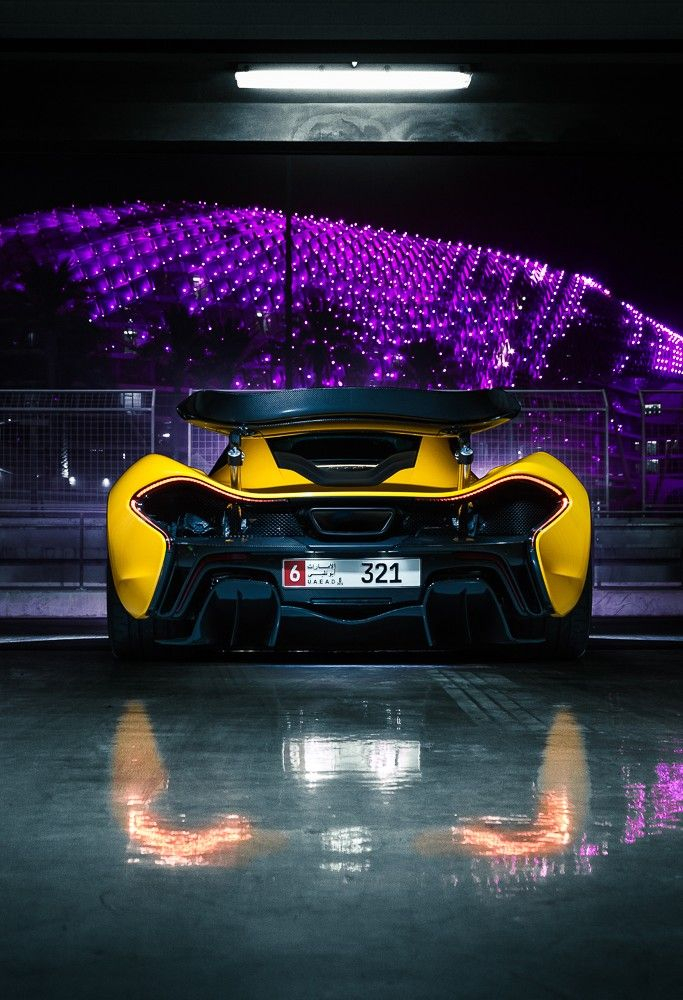 Just Look At The Curves On This Mclaren P1 Modern Supercars Greentech Speed Design Luxury Beauty Cars Carshowsaf Super Fast Cars Hot Cars Dream Cars