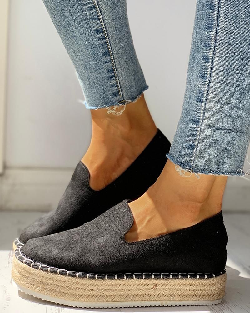 Solid Platform Design Casual Sneakers Style:Fashion Pattern Type:Solid Material:Suede Occasion:Casual Package Include:1*Sneakers Heel Height:3.5cm   Note: There might be 2-3% difference according to manual measurement. Please check the m...