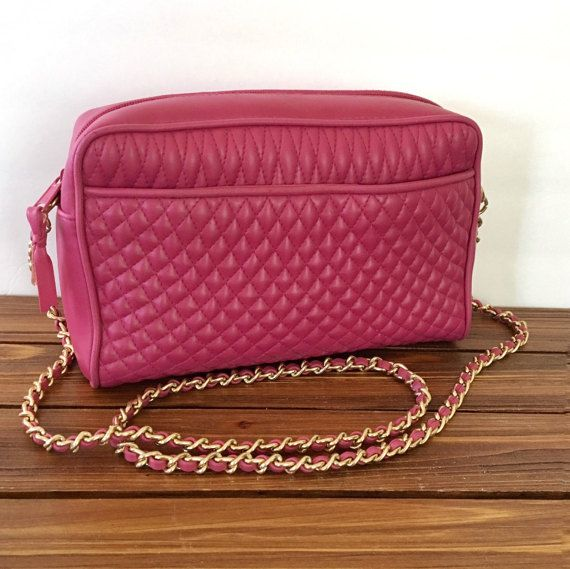 $17  1980s Jennifer Moore Magenta Pink Quilted Chain Strap Bag
