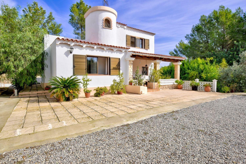 Casa Independiente En Venta En Sant Antoni De Portmany Ref 3446 01906 Spainhouses Net Em 2020 Casas Arquitetura