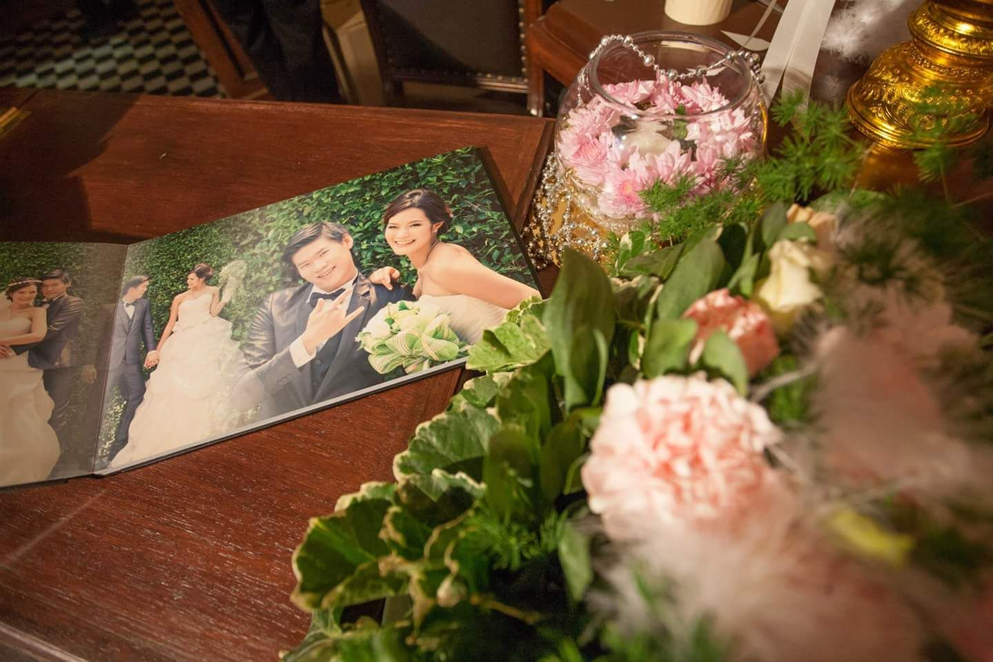 Wedding Photo Album At Buddy Oriental Riverside Thailand