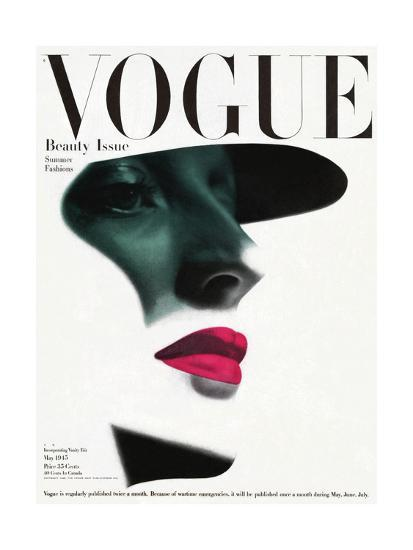 Vogue Cover May 1945 In The Shade Premium Giclee Print By Erwin Blumenfeld At Allposters Com Vintage Vogue Covers Vogue Covers Vogue Magazine Covers