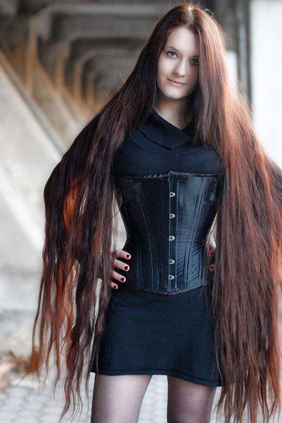 Longest Hair Girls In The World Long Hair Girl Really Long Hair