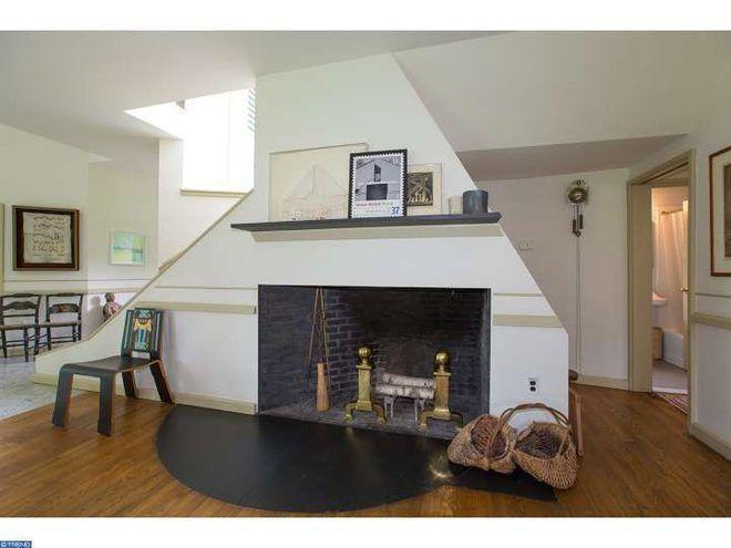 The Trailblazing Postmodern Vanna Venturi House is For Sale ... on